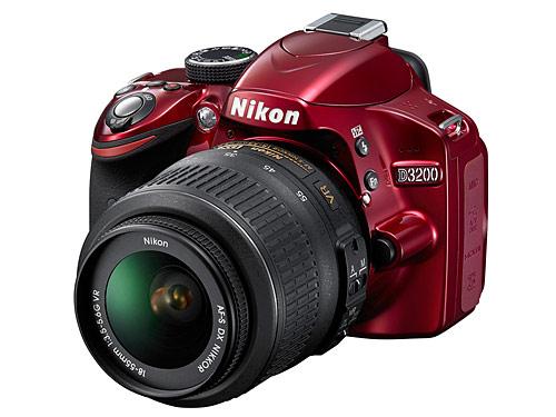Nikon-D3200-rouge